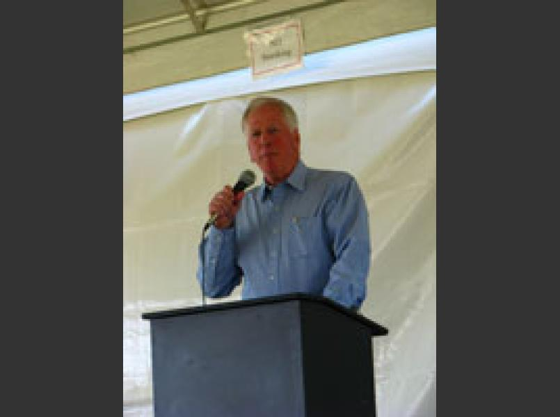 Congressman Mike Thompson at 2007 awards ceremony